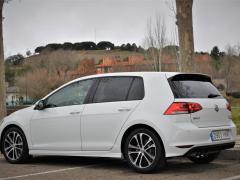 https://autoroyal.es/media/com_expautospro/images/big/turismos_todo_terrenos_y_furgonetas_volkswagen_golf_5fedbf292e5fd.JPG